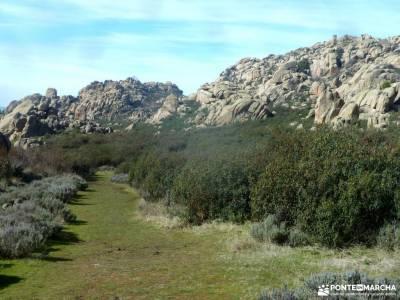 Gran Cañada-Cerro de la Camorza; refugios sierra de madrid viajes por la comunidad de madrid la selv
